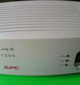 APC Line-R 1200 стабилизатор напряжения
