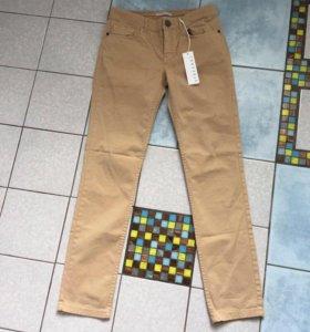 Новые брюки Stefanel, 44-46, 42it