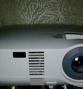 Продам НОВЫЙ LCD Проектор NEC