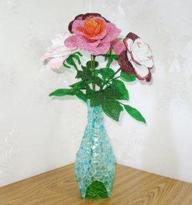 Цветы из бисера Розы