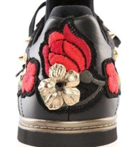 Кроссовки Dolche Gabbana