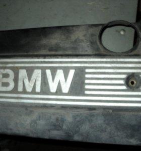 Крышка двигателя BMW 5-Series