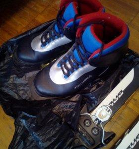 Тёплые лыжные ботинки