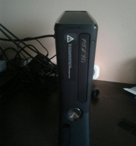 Игравая консоль xbox360