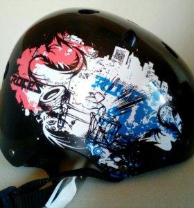 Шлем защитный для роликов, скейтбордов
