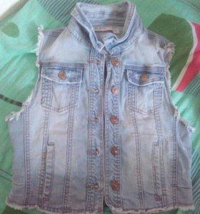 Джинсовая юбка. И джинсовая жалетка