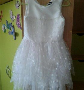 Платье р-р 134
