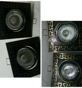 Потолочный светильник( встраиваемый )