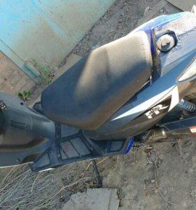 Скутер Irbis