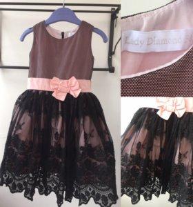 Красивое платье на 3г