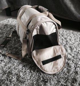 Переноска / переносная сумка для животных