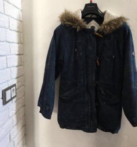 Куртка с мехом джинсовая