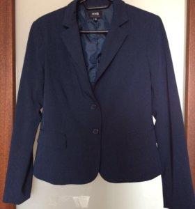 Костюм (пиджак, юбка, брюки)
