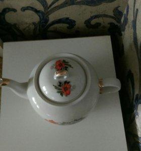 Чайник,фарфор
