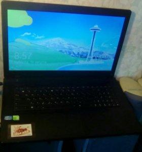 Ноутбук Asus 17 дюймов, i5, 4ядра,8gb,видео 2g сто