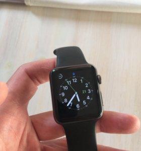 apple watch 42 мм + два ремешка