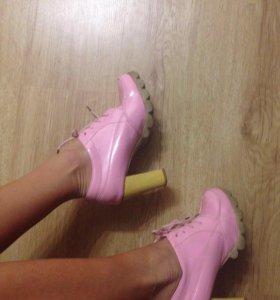 Ботинки 38-39