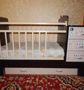 Продам детскую кровать-трансформер