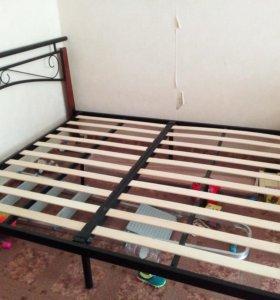 Кровать (без матраса)