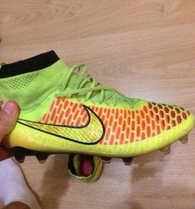 Бутсы Nike Magista 2014