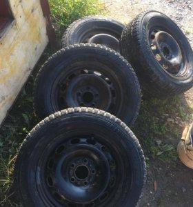 Колёса в сборе Dunlop зима от форда фокуса 2