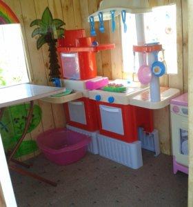 Продается детская кухня и посудомойка.