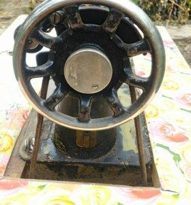 Машина швейная Подольский механический завод