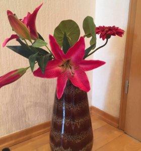 Керамическая напольная ваза