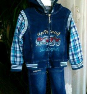 Костюм джинсовый на мальчика 3-4года