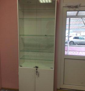 Шкафы с витринами 2 штуки