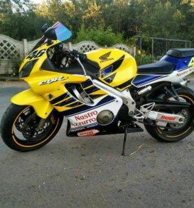 Honda CBR600F4i Sport