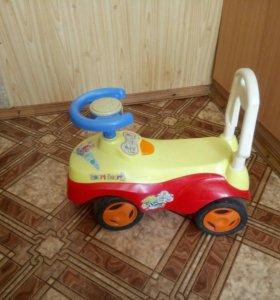 Детская машинка (каталка)