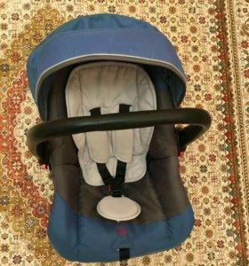 Авто-кресло детское 3500. Брали за 4500(торг)