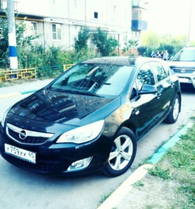 Opel Astra 1.6МТ, 2011, хетчбэк