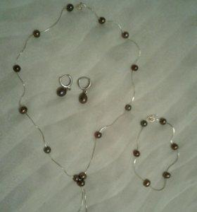 Колье, браслет и сережки жемчуг