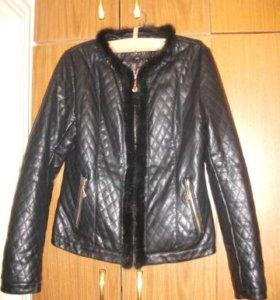 Курточка с отделкой из норки