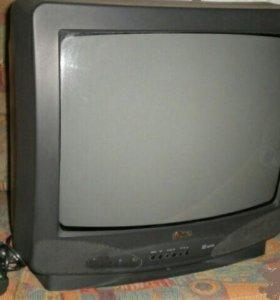 Телевизор LG 51см,пульт,отличное состояние