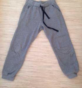 Спортивные штаны-200 руб.,брюки 200 руб.