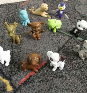 Игрушечные животные с домиками