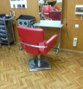Кресло парикмахера +зеркало -столик