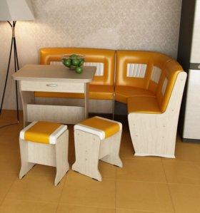 Кухонный гарнитур с раскладным столом №3