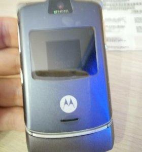Motorola V3 оригинал новый