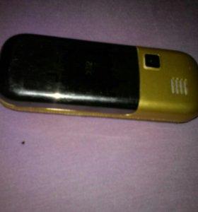 Компактный телефон