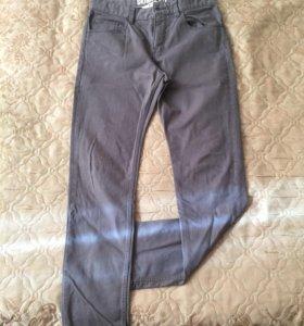 Брюки - джинсы