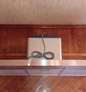 Вытяжка 90 см, небольшие вмятины на корпусе