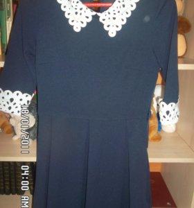 Платье школьное, р-р 42-44.