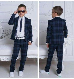 Стильный, школьный костюм (брюки +пиджак)