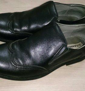 Туфли школьные 36р до 23 см(22-22.5)