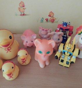 Резиновые игрушки для малышей
