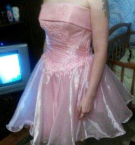 Платье на любое торжество